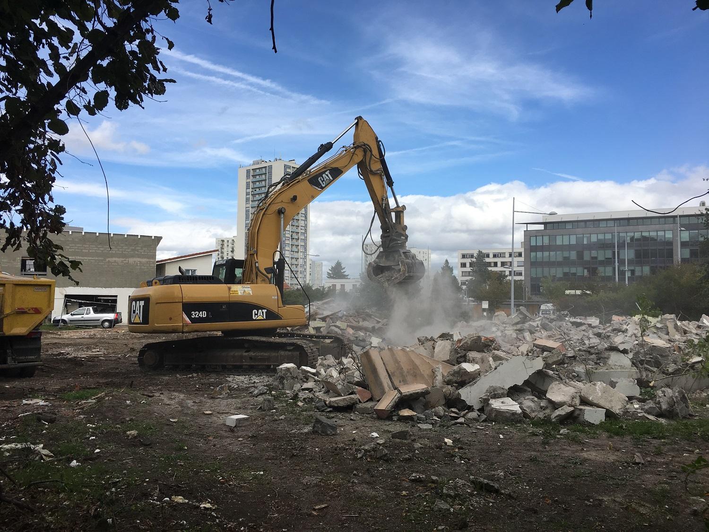 11-09-2017-Poursuite-des-travaux-de-démolition