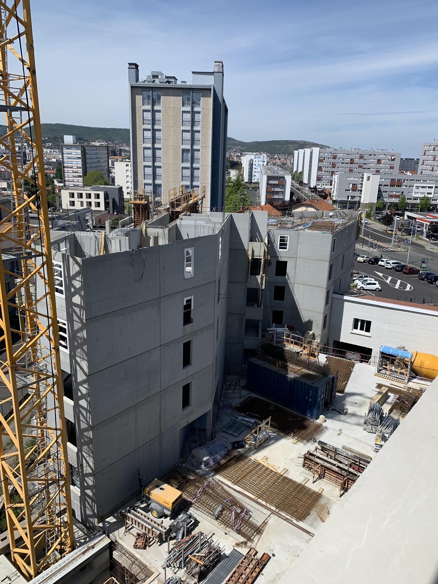 20-05-2019-Elévation-des-murs-du-5ème-étage-en-cours